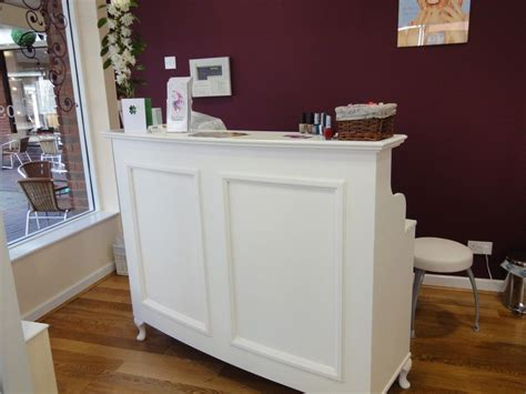 Used Reception Desk For Salon Reception Desk Desk Salon And Retail Style Shabby Chic Reception Desks