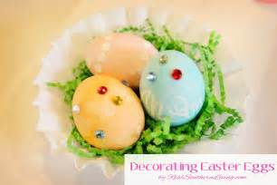 decorated easter eggs kids craft decorating easter eggs mom it forward