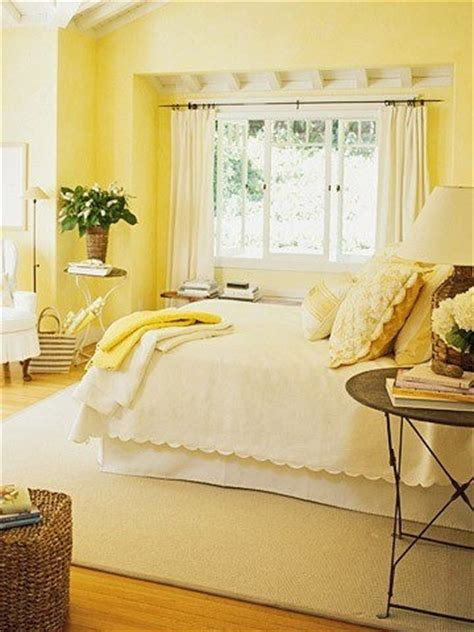 Light Yellow Bedroom Ideas Pale Yellow Bedroom For The Home