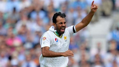 the art of swing bowling top 5 exponents of reverse swing in modern cricket