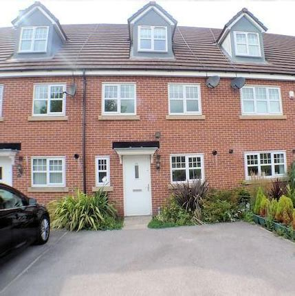 4 bedroom house to rent private landlord 4 bed house town house to rent valley mill lane bury