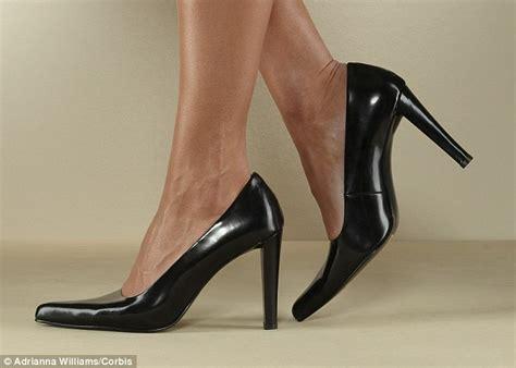 waitress high heels waitress high heels 28 images waitress cadillac cafe