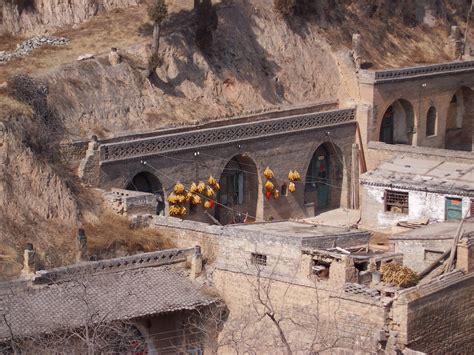 file cave houses shanxi 7 jpg wikimedia commons