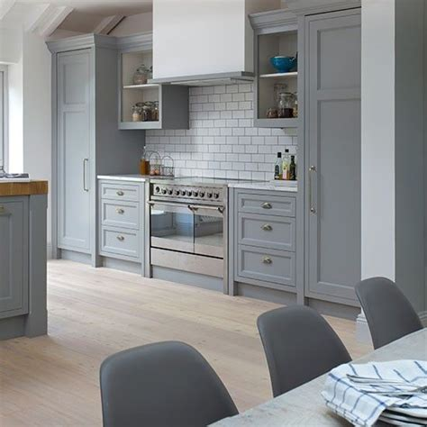 Painting Dark Kitchen Cabinets White by 1000 Ideas About Range Cooker Kitchen On Pinterest