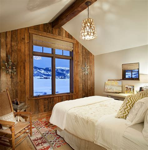 wood walls in bedroom 25 awesome bedrooms with reclaimed wood walls