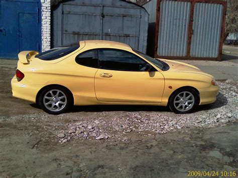 hyundai coupe   gasoline ff manual  sale