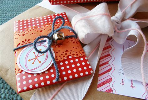 community activity christmas gift wrapping lilydale zenith meridian apartments shea apartment communities blog