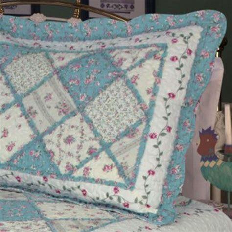 Patchwork Quilt Blue - blue floral patchwork quilt bedding