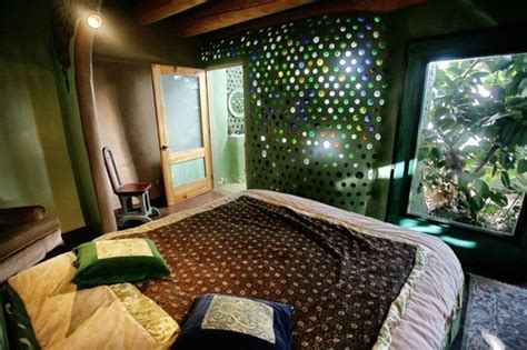 Earthship Interior by Moon To Moon Earthships