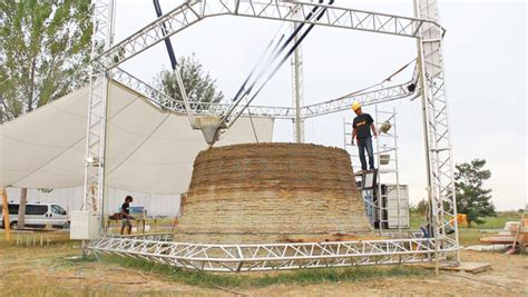 3d printer house the world s largest delta 3d printer creates nearly zero cost homes out of mud