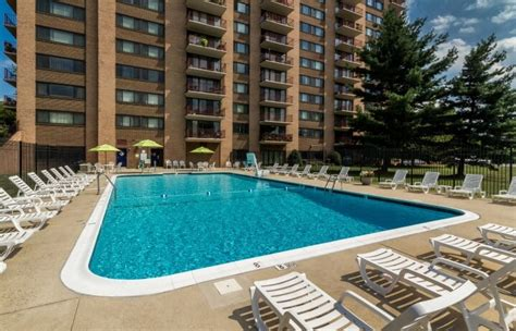 apartments for sale in falls church va