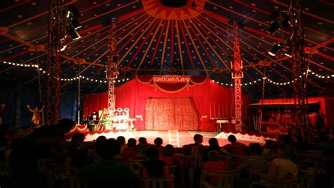 Le Rideau Mougins by Circus Show The Circus Show S