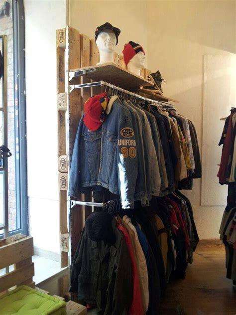 negozi di mobili on line vendita arredamento negozio abbigliamento