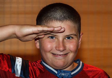 alek gives kyle a military haircut