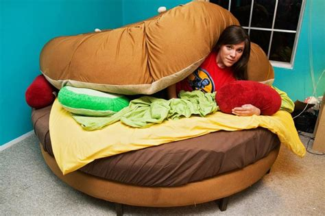cheeseburger bed pictures of cool beds slideshow
