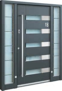 Aluminium Front Doors For Homes Home Spitfire Doors Make An Entrance Aluminium Doors