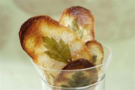 Tuile De Pomme De Terre recette de tuiles croutillantes de pomme de terre aux