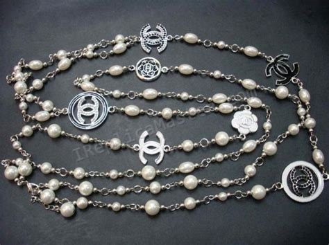 Chanel White Pearl Necklace Replica   $118 : Swiss Replica Watches Onsale