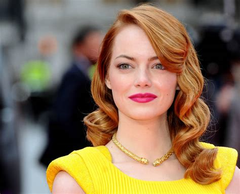 emma stone yellow emma stone stuns in versace at amazing spider man 2 premiere