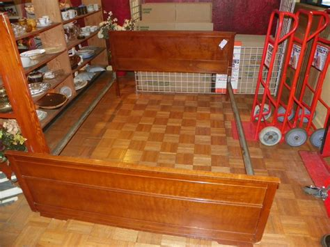 Used Furniture Stores Nanaimo by West Coast Resale Used Furniture Store Central Nanaimo Nanaimo