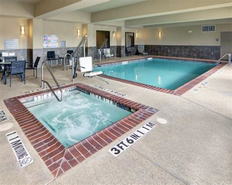 comfort inn pool comfort suites near northeast mall updated 2017 hotel