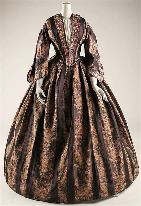 Brinna Flower Printed Dress Agatha 216 best images about real historical gowns 1850 1859 on