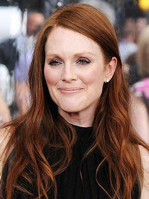 julianne moore real hair color what is love your long hairstyle but don t know what to do with