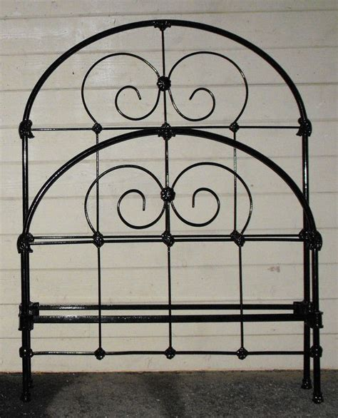 twin iron bed 17 best images about twin single size antique iron beds on