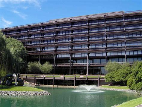 Deere Corporate Office by Panoramio Photo Of Deere Company World Headquarters Glct