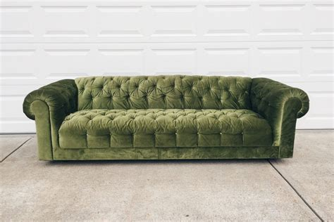vintage tufted sofa green velvet chesterfield sofa vintage tufted sofa green