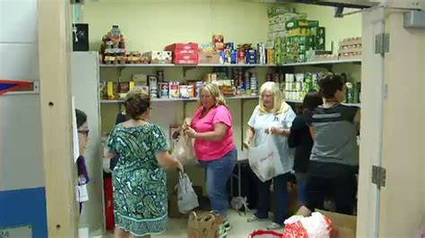 Food Pantries In Orlando by Central Florida School Districts Provide Free Food To Families