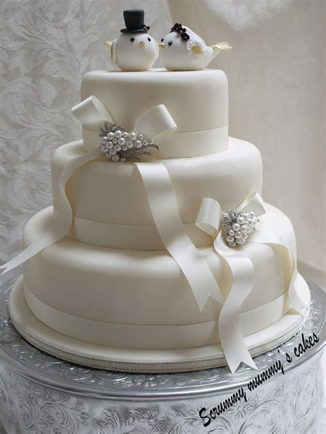 Wedding Tier Cake by Scrummy Mummy S Cakes Lovebirds 3 Tier Wedding Cake