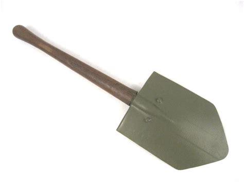 entrenching tool webbingbabel usmc m43 ww2 entrenching tool