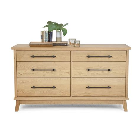 solid wood bedroom dressers 25 best ideas about cherry wood bedroom on