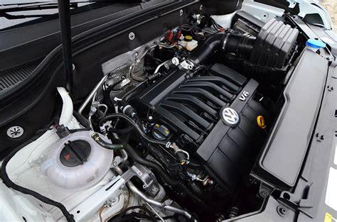 volkswagen atlas sel  premium motion engine