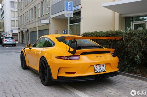 porsche yellow paint to sle yellow porsche 911 gt3 rs pdk begs for a