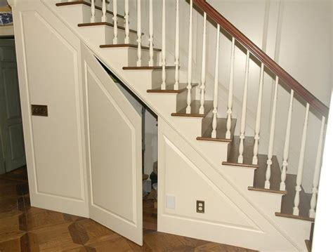 wainscoting panels up stairs best 25 wainscoting stairs ideas on stairway