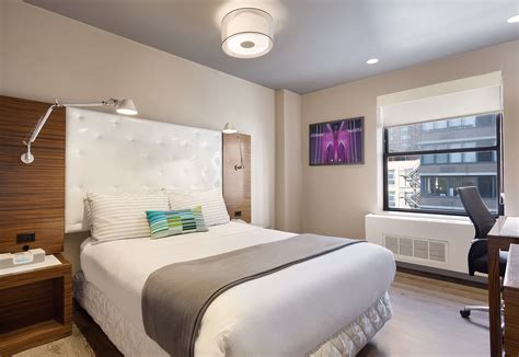 the square room the gallivant times square luxury hotel rooms in new york