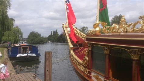 thames river cruise birthday queen s barge thames the gloriana royal barge