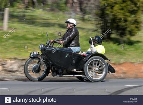 Motorräder Mit Beiwagen Oldtimer by Old Motorcycle Side Car Stockfotos Old Motorcycle Side