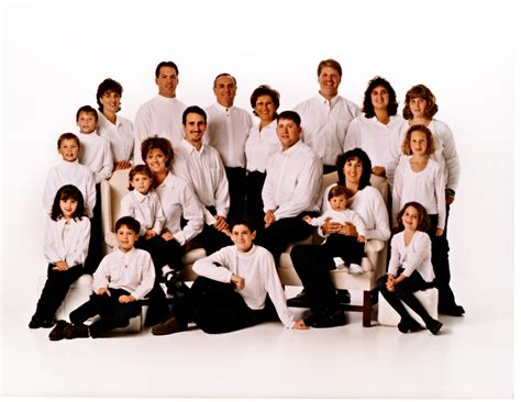 family photo color schemes 91 winter family picture color schemes what to wear in