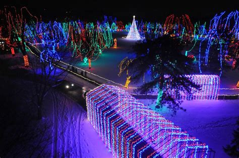 visit mankato christmas lights festival nelliebellie