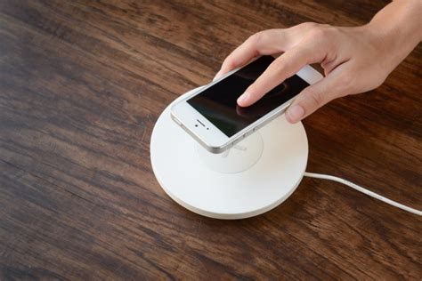 apple qi charger upcoming iphone might get qi wireless charging as apple