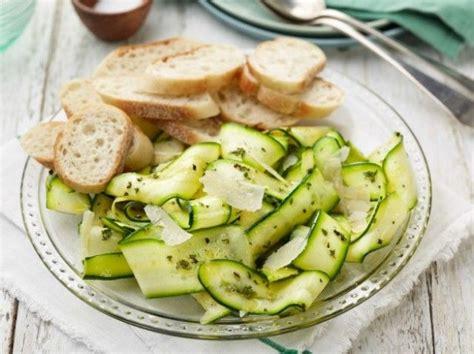 cucinare con le zucchine contorni con le zucchine 10 ricette facili e veloci