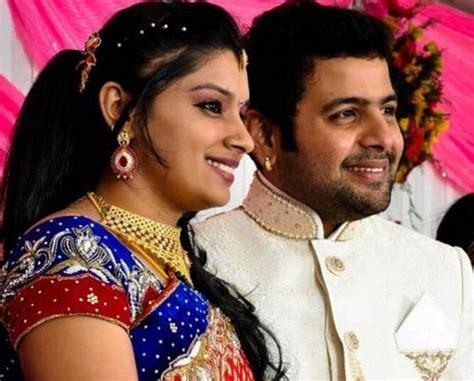 comedy actor vijay sai family photos sai prashanth s last letter to his wife nettv4u