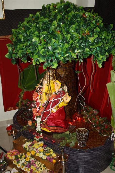 green eco friendly ganesh idols