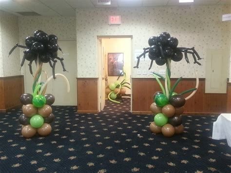 spider twisted topiary column balloon column arch