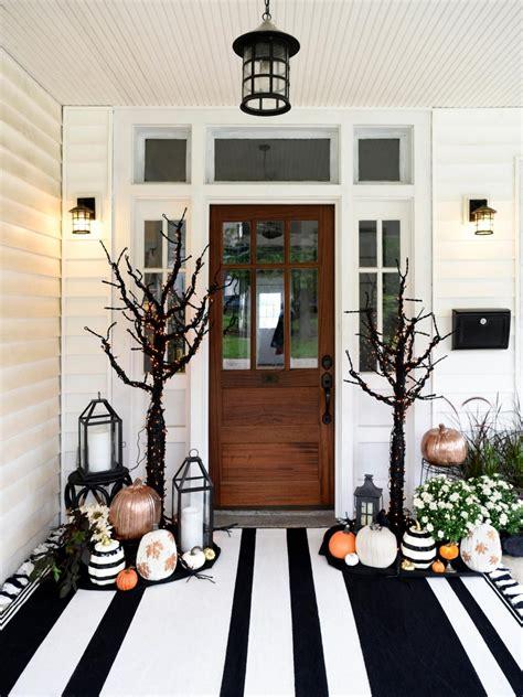 decorate halloween 65 diy halloween decorations decorating ideas hgtv