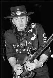 images  stevie ray vaughn  pinterest stevie ray vaughan texas flood  guitar
