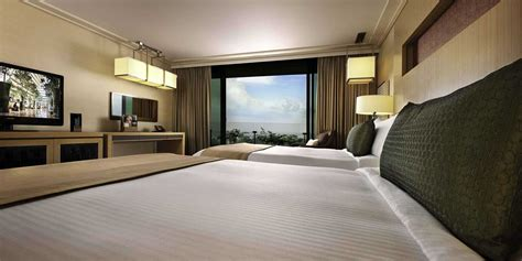 the room in premier room in marina bay sands singapore hotel